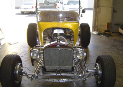 Ford-T-Bucket-Front-View