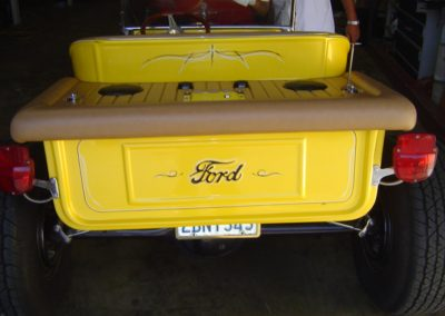 Ford-T-Bucket-Custom-Bed-Treatment